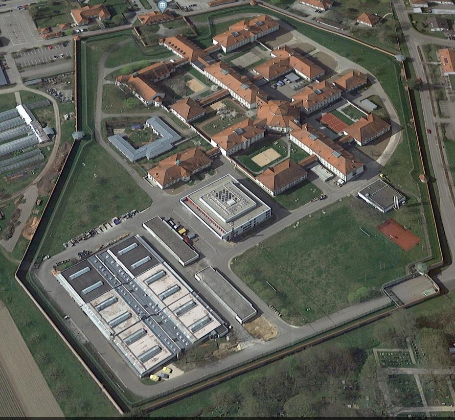 Ansicht der JVA Aichach - Justizvollzugsanstalt.org