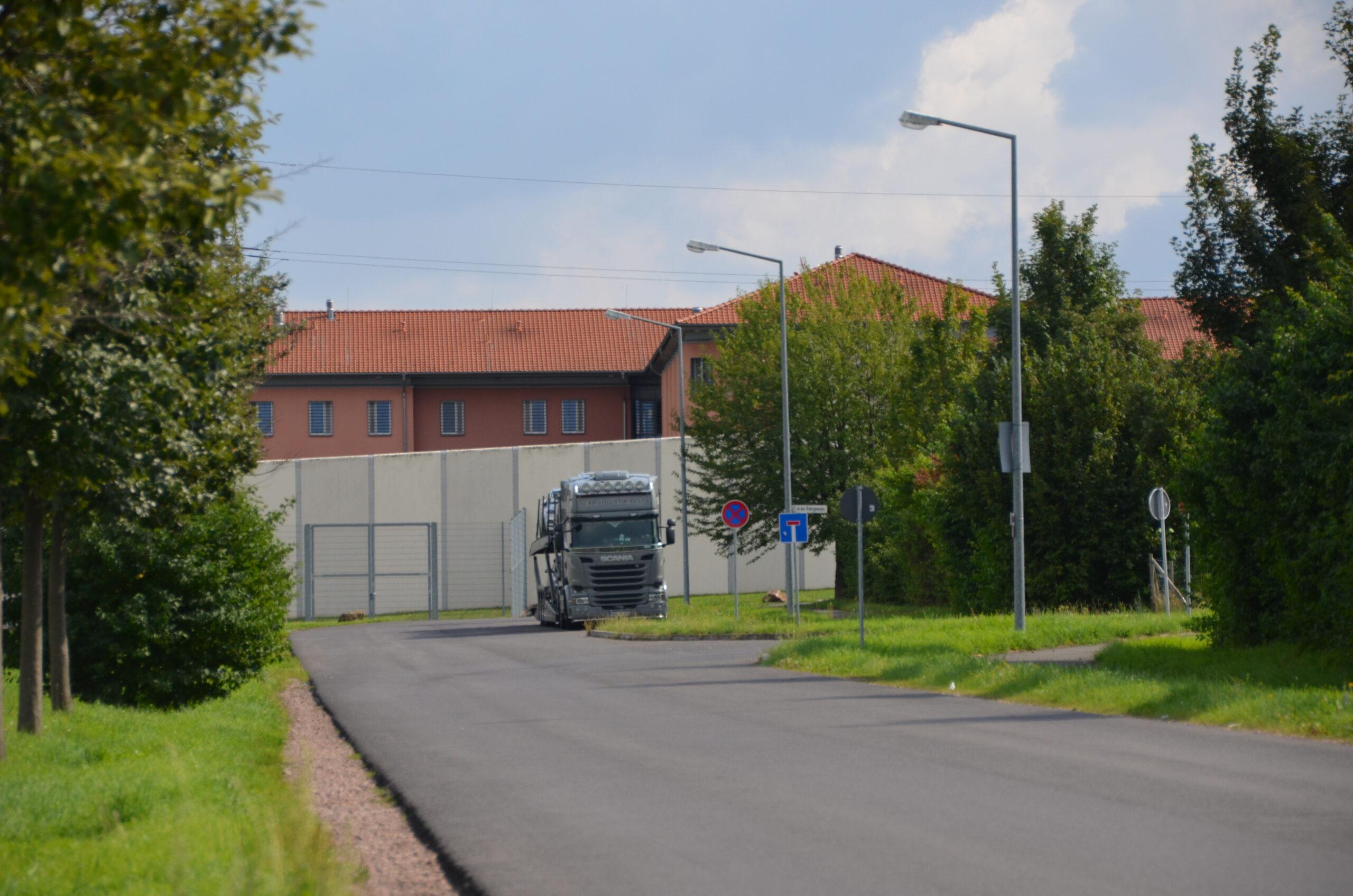 Ansicht der JVA Rohrbach (Zufahrt) - Justizvollzugsanstalt.org
